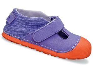 Έφτιαξαν τα παιδικά παπούτσια που μεγαλώνουν